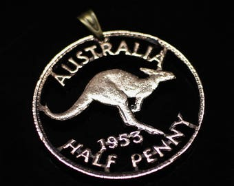 Astralia Half Penny KANGAROO 1953S cut coin Pendant & Necklace. Hand Cut.