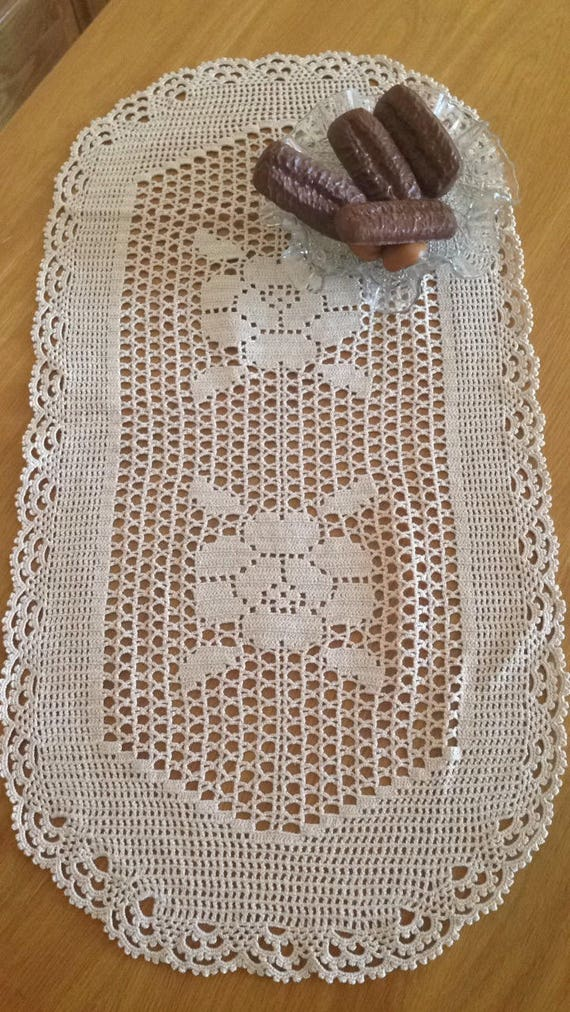Beautiful Lace Hand-knitted Table Runner | Etsy