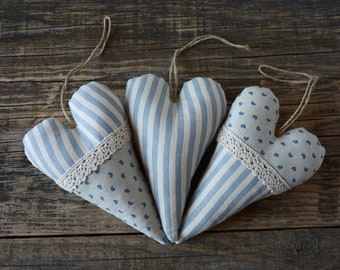 Decorative hearts for Country Chic home