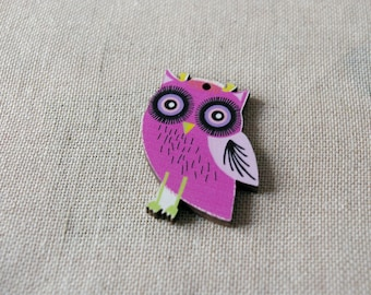 A great pendant, wooden owl, hot pink OWL charm