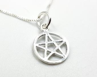 Sterling Silver Mini Pentagram Pendant (925)