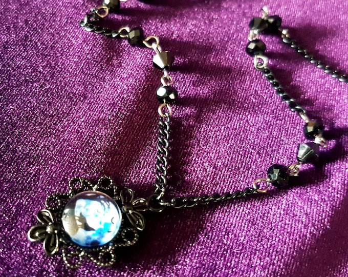 Howling Wolf Necklace - Bark at the moon black wolf pendant