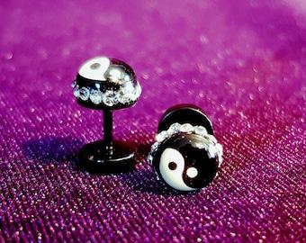 Yin Yang Earstuds with Rhinestones