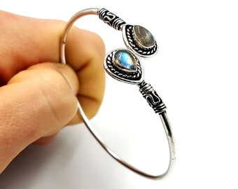 Labradorite Shimmering Bracelet