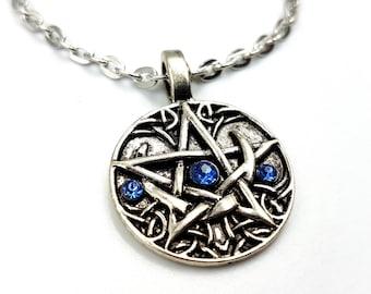 Crescent Moon Pentagram Pendant (2Styles)