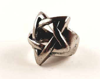 Big Pentagram Star Ring