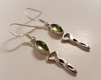 Sterling Silver Peridot Earrings ( 925 )