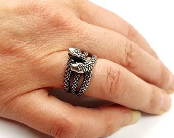 Entwined Serpents Ring