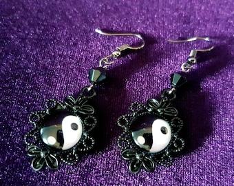 Yin Yang Earrings - spiritual goth gothic yinyang balance duality opposites attraction