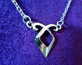 Shadow Hunter Rune Pendant