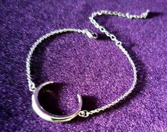 Elegant Crescent Moon Bracelet - occult gothic goth jewellery
