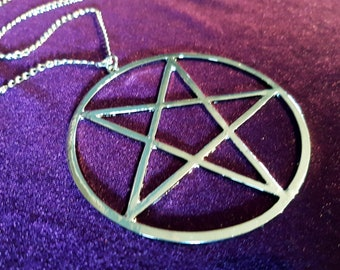 Hugel Inverted Pentagram Necklace