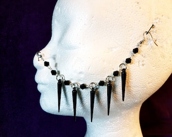 Black Spikes Nosechain