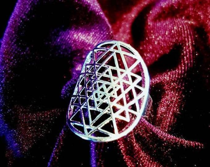 Yantra Ring - Shri yantra tantric occult hindu meditation sacred geometry