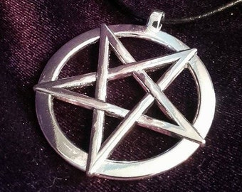 Big Inverted Pentagram Pendant (2styles)