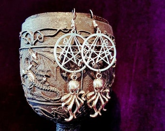 H.P. Lovecraft Inspired Earrings - hp lovecraft occult grimoire necronomicon chtullu