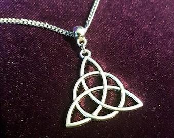 Triquetra Pendant - pagan wicca wiccan celtic symbol pendant goth gothic