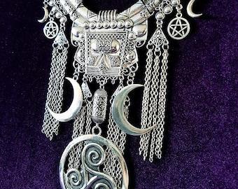 Triskelion Druid Neckpiece - Occult Pagan crescent moon triskele pentagram wiccan wiccan jewellery