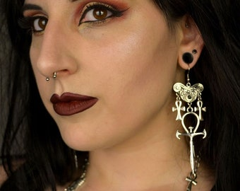 Gothic Vampire Ankh Earrings - occult order goth gothic dracula vampyre