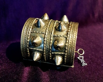 Vintage Double Spikerow Kuchi Bracelet (2 Styles).