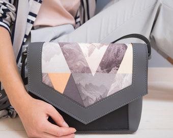 eb9945d90e Vegan purse