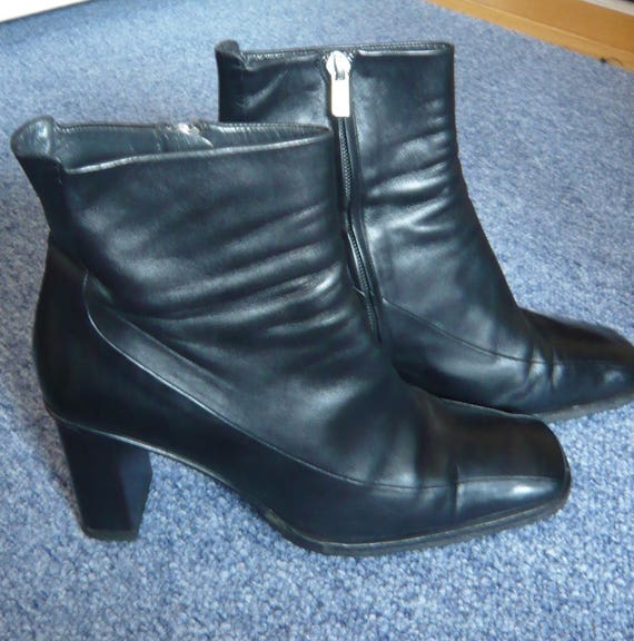 Chic Bally Italy black leather ankle boots size 6 US 85  b46a91bebe