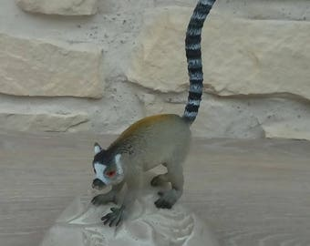 Toy animal lemur miniature home decor