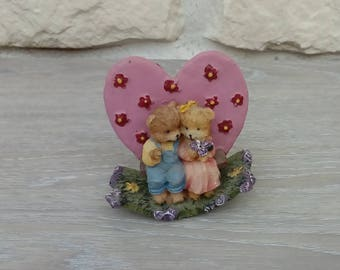 Object of decoration for wedding couple bears