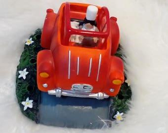 Car 2 ch with Breton decorative object