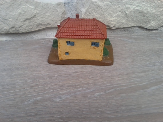 Miniature House Model Representing France Burgundy