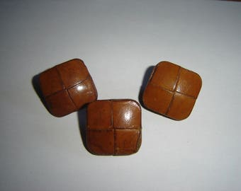 3 big buttons old brown leather / / 25 mm