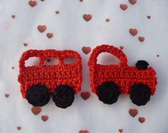 Red train and his wagon applique crochet