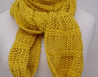 Scarf shawl wrap-over Lesaiguillesdemaman hand knitted yellow cotton