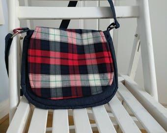 Messenger bag/ cross body bag.