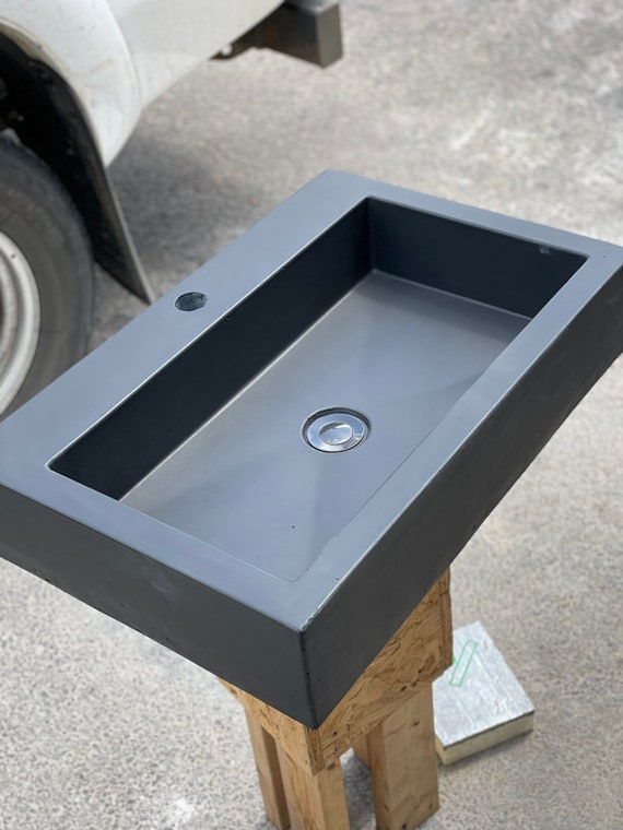 Large bathroom Concrete Sink