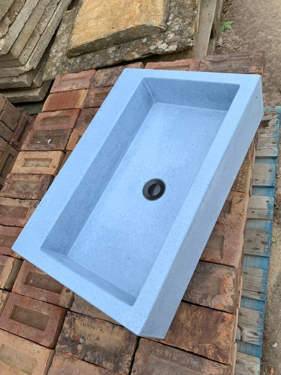 Large bathroom Concrete Sink