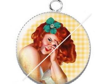 Girl vintage pin-up 1 resin cabochon pendant