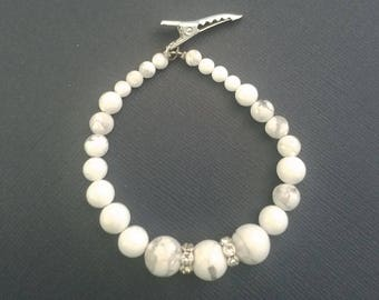 Lucy Howlite Stone Bracelet with Wavy Crystal Spacers