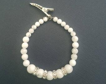 Jane Howlite Stone Bracelet with Wavy Crystal Spacers