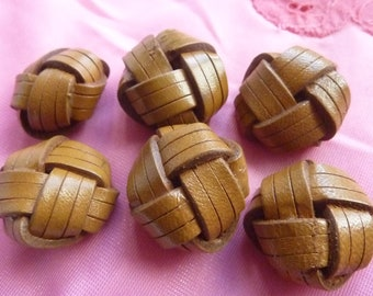 6 Tan braided leather buttons * 2.5 cm * france 1960