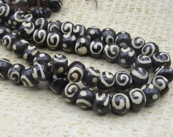 8 stained handcrafted 8mm Nepal yak bone beads