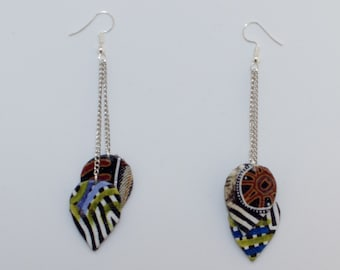 Earrings dangling drops in black and white patterned fabric blue and Brown duo