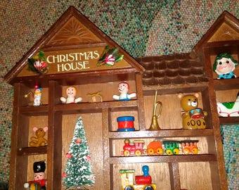 Enesco Christmas House 1979