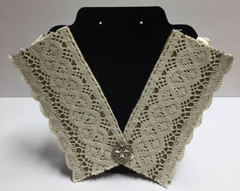 Bib Necklace with lace