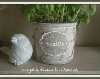 "Aromatic embroidered label ""Basil"""
