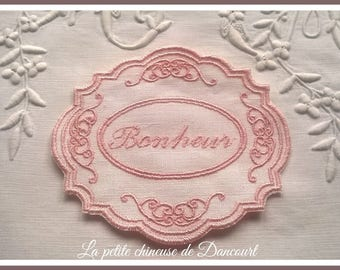 Medallion happiness powder pink tulle