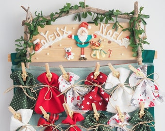 Advent calendar fabric 24 hanging bags, figurines Santa Bear Fimo on wood, calendar waiting for Christmas gift child