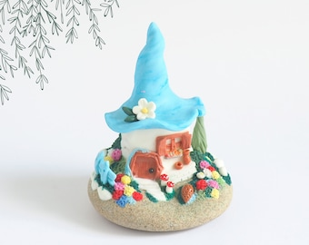 Blue miniature fairy house with garden and flowers in polymer clay on real pebble, small enchanted world Fimo, original gift woman Christmas