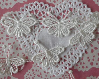 Lace applique white butterflies polyester for customization or decoration 4,50 cm wide (for 8 butterflies).