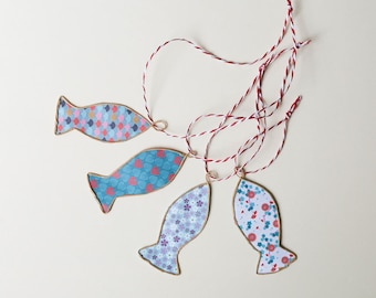 4 small blue stun fish, in origami paper and kraft string to hang, wall decoration fish, decor mer,